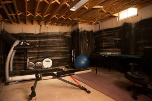IWMH1005---Exercise-Room-Before---1